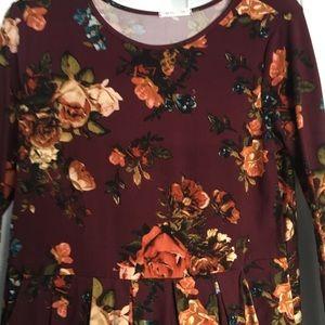 Gray Monroe Dresses - Gray Monroe Kassie Dress Burgundy Floral pockets.